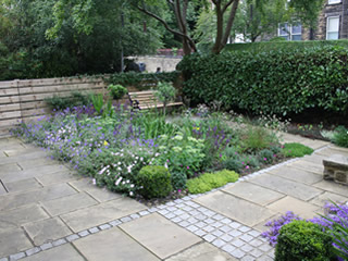 garden landscaping for a courtyard garden in Headingley, Leeds by Paperbark Garden Design